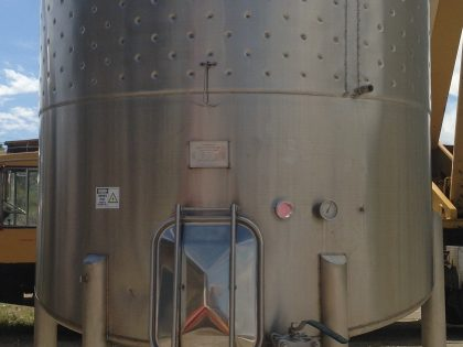 USED RED WINE FERMENTATION TANK