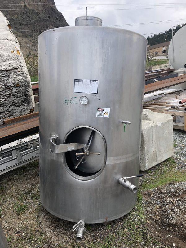 2100 L wine tank