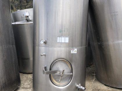 2700 L Wine tank