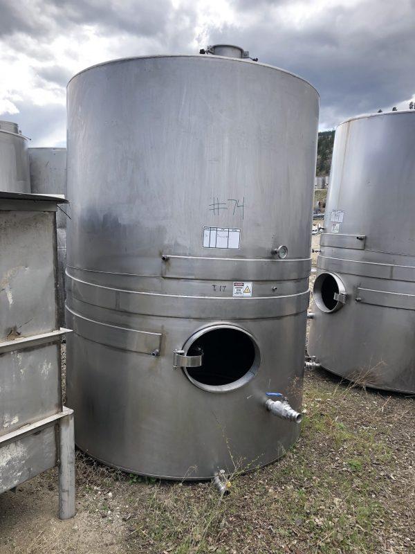 6200 L Wine tank