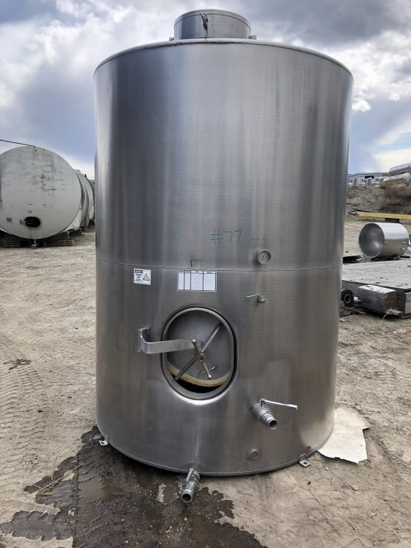 6200 L Wine tanks